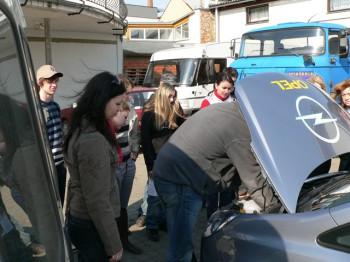 Ukázka výuky praktické údržby vozidla 03